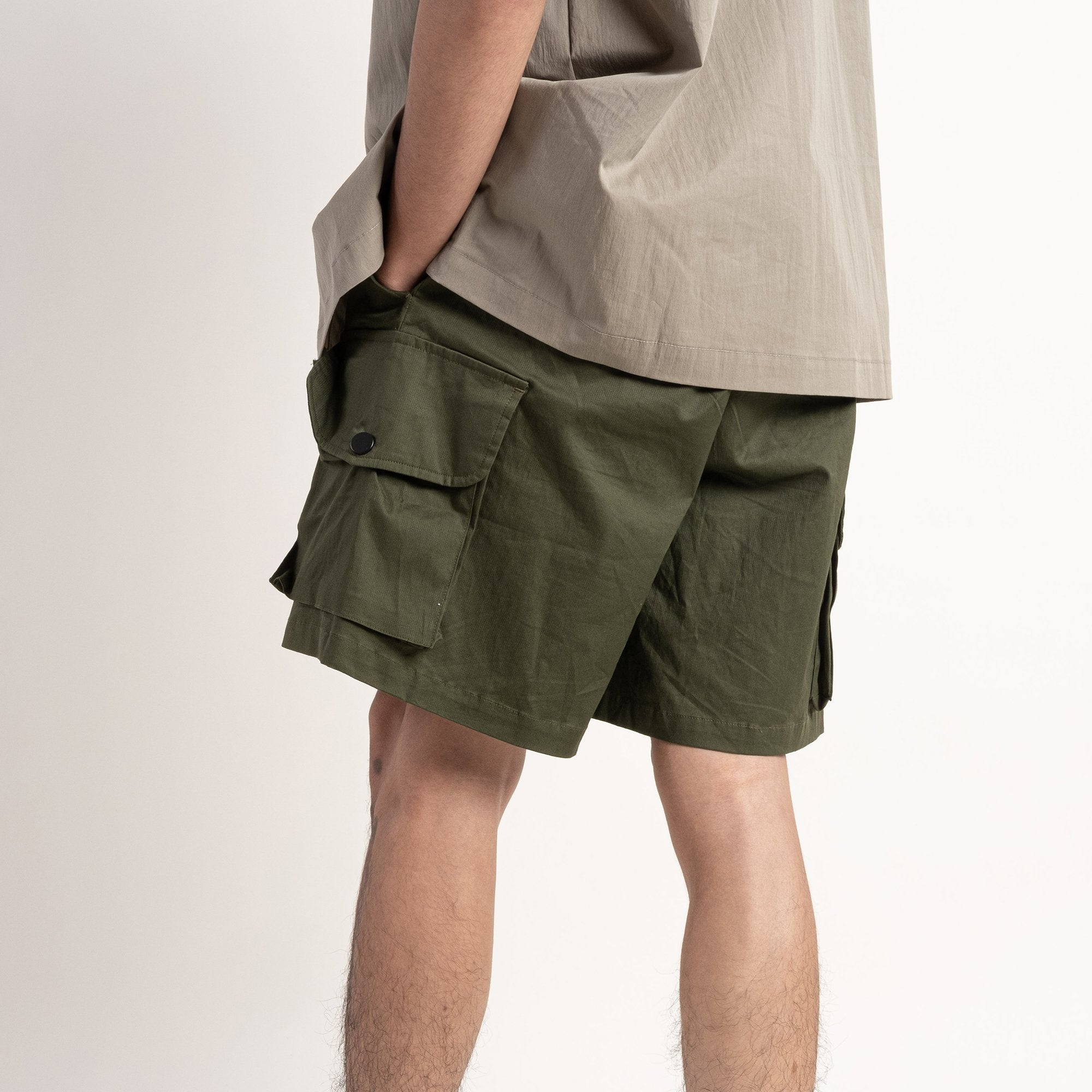 Pockets Shorts - olive