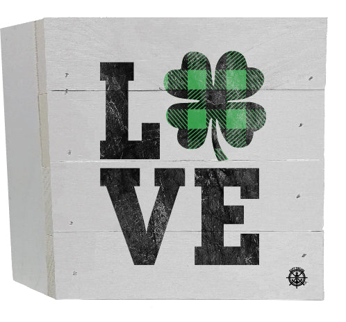 Love Shamrock Shelf Sitter