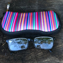Load image into Gallery viewer, Sunglasses Case