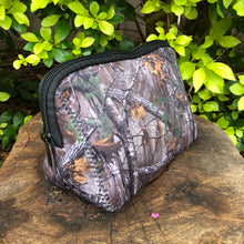 Load image into Gallery viewer, Utility Bag - Realtree Camo Pattern