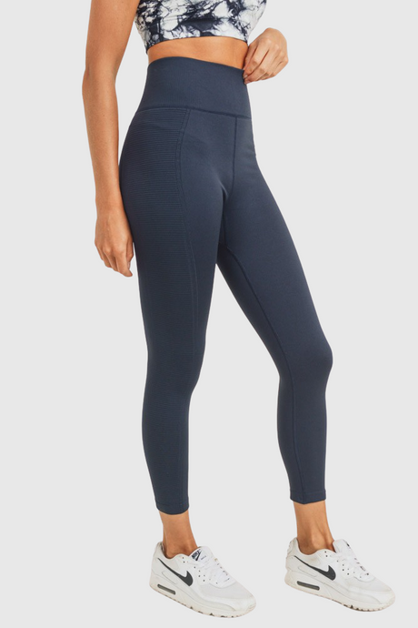 Ribbed Side Panel Seamless Legging - The Quarterly