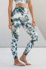 Load image into Gallery viewer, Riley Tie Dye Legging Cosmos - The Quarterly