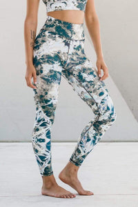 Riley Tie Dye Legging Cosmos - The Quarterly