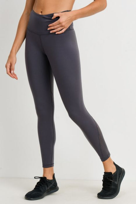Perf Panel Performance Legging - The Quarterly