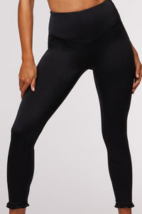 Silhouette 7/8 Legging Black - The Quarterly