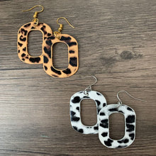 Load image into Gallery viewer, Leather Pendants Rectangle Animal Print