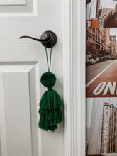 Load image into Gallery viewer, Pompom tassle Decor