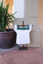 Load image into Gallery viewer, Mexican Embroidered Blouse
