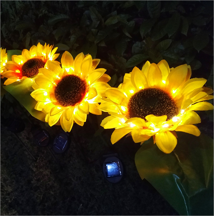 Solar sunflower lights