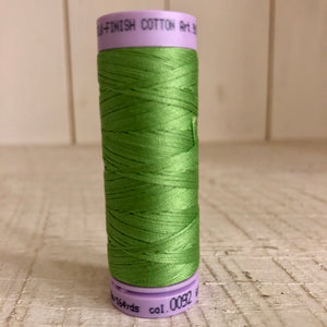 Mettler Silk Finish Cotton Thread, Bright Mint 0092, 150 meter Spool