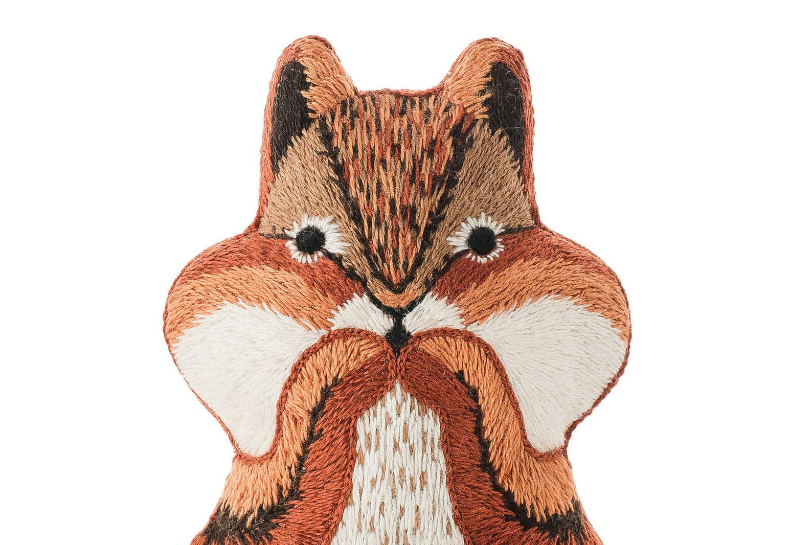 Kiriki Press, Embroidered Doll Starter Kit, Chipmunk