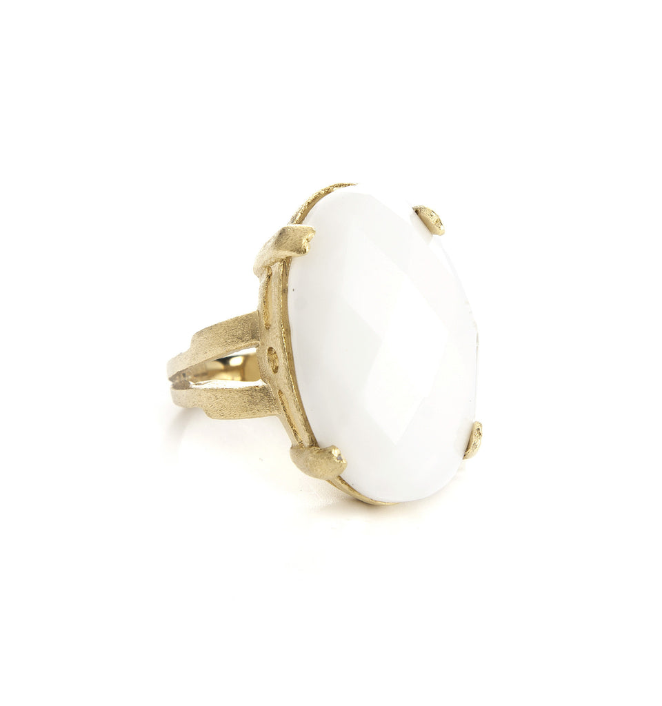 Oval White Agate Split Shank Ring