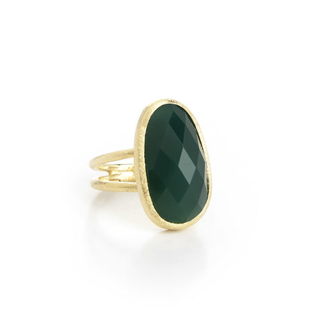 Green Onyx Oval Ring