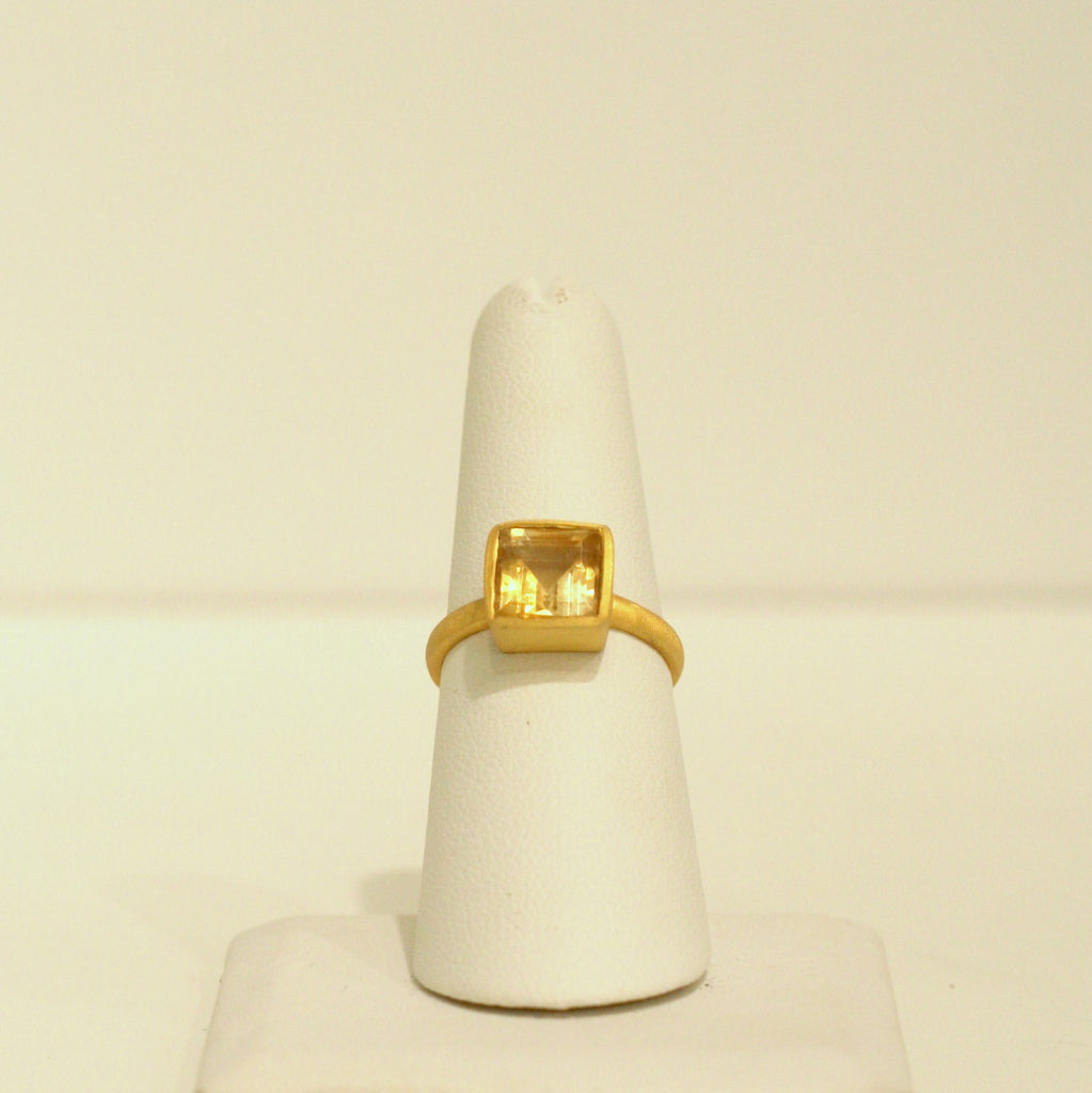 Felix + Lola Citrine Stackable Ring