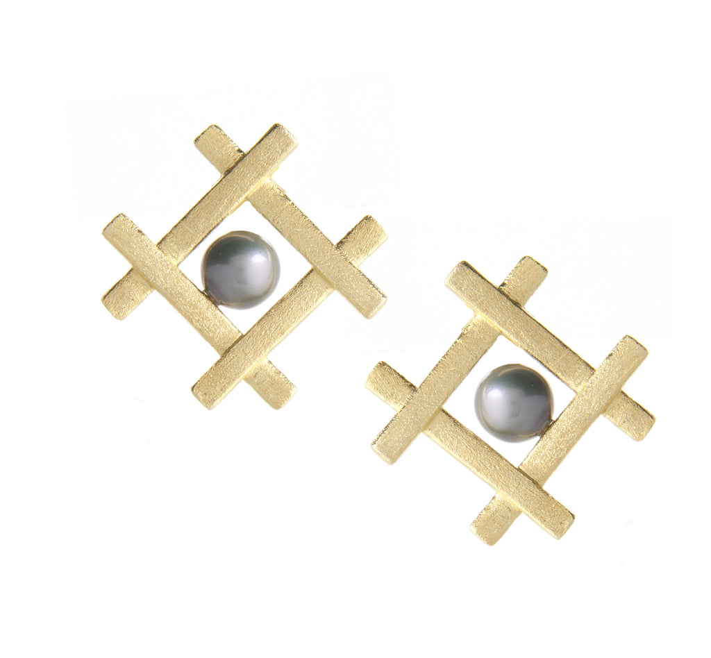 Grey Freshwater Pearl Satin Button Earrings