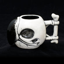Load image into Gallery viewer, Parrot Skull Tiki Mug, Gloss with Black