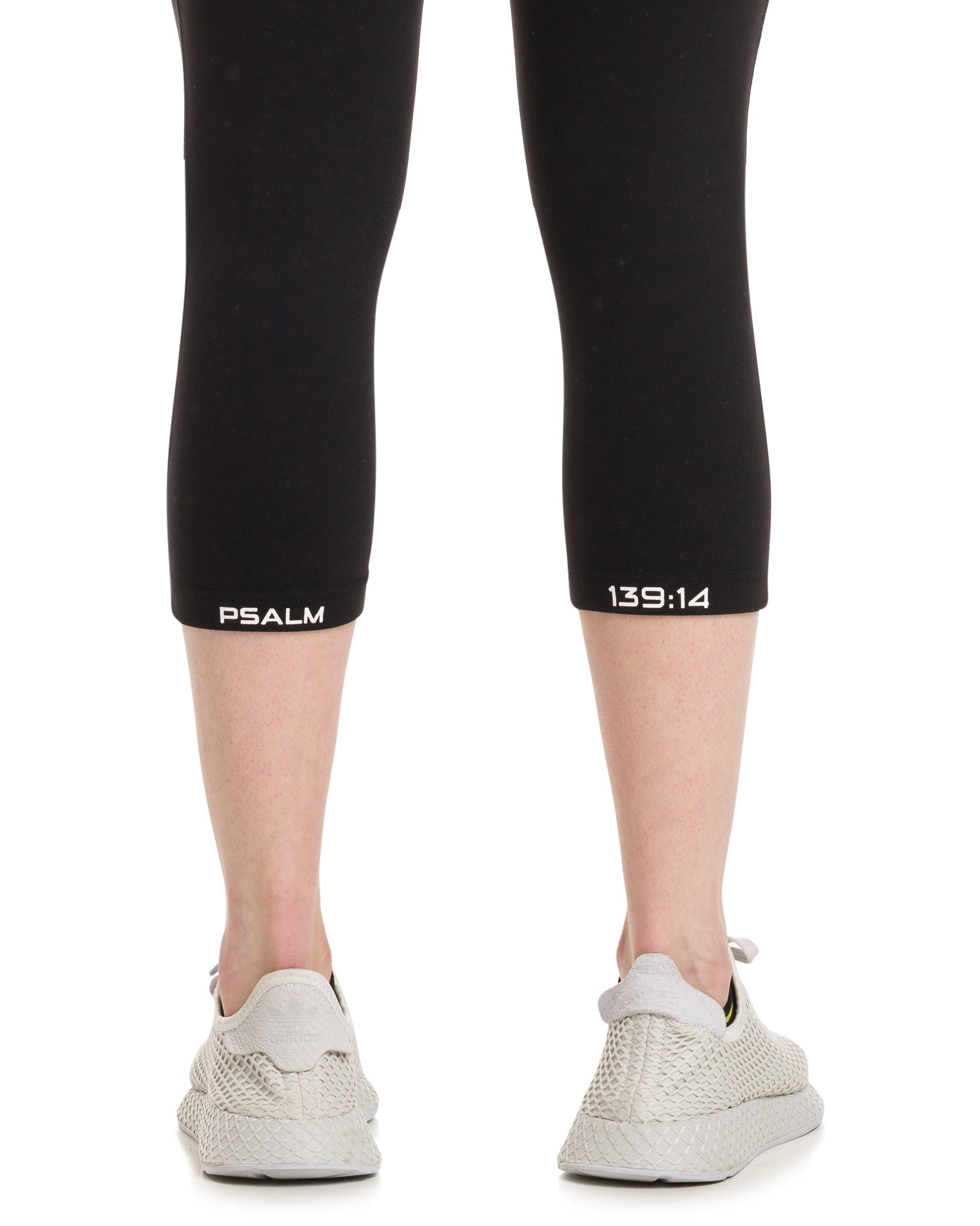 ANGEL Capri Tights Black/White