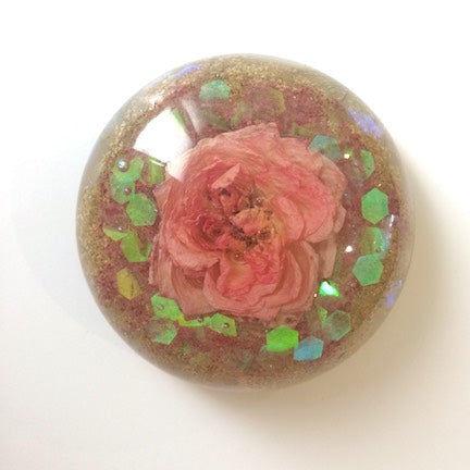 Eau Claire Resin Flower Paperweights and Dishes