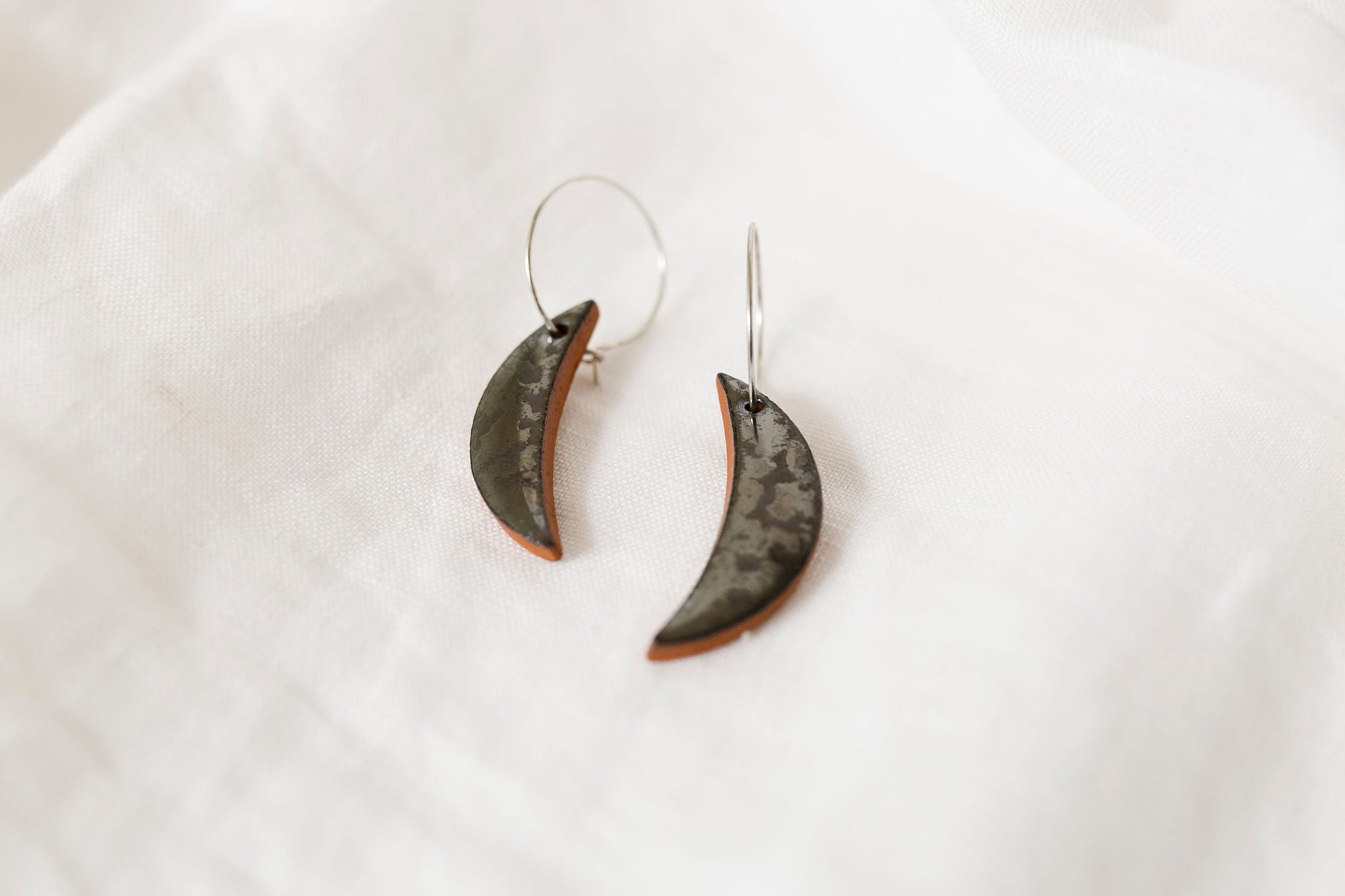 Lune's Essentials Earrings - various