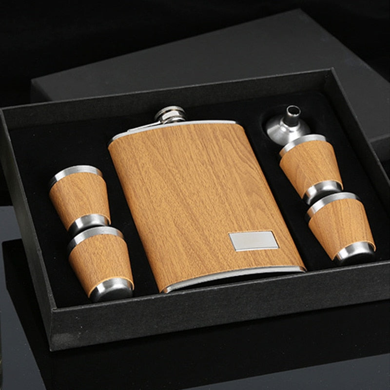 9 oz Wooden Hip Flask Set With 1 Funnel and 4 Cups Whiskey Wine Stainless Steel Flagon Bottle Travel Drinkware For Gifts