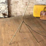 BRASS FLOOR LAMP WITH RATTAN SHADE
