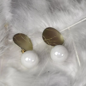 Stylish Pearl Studs Earrings- White