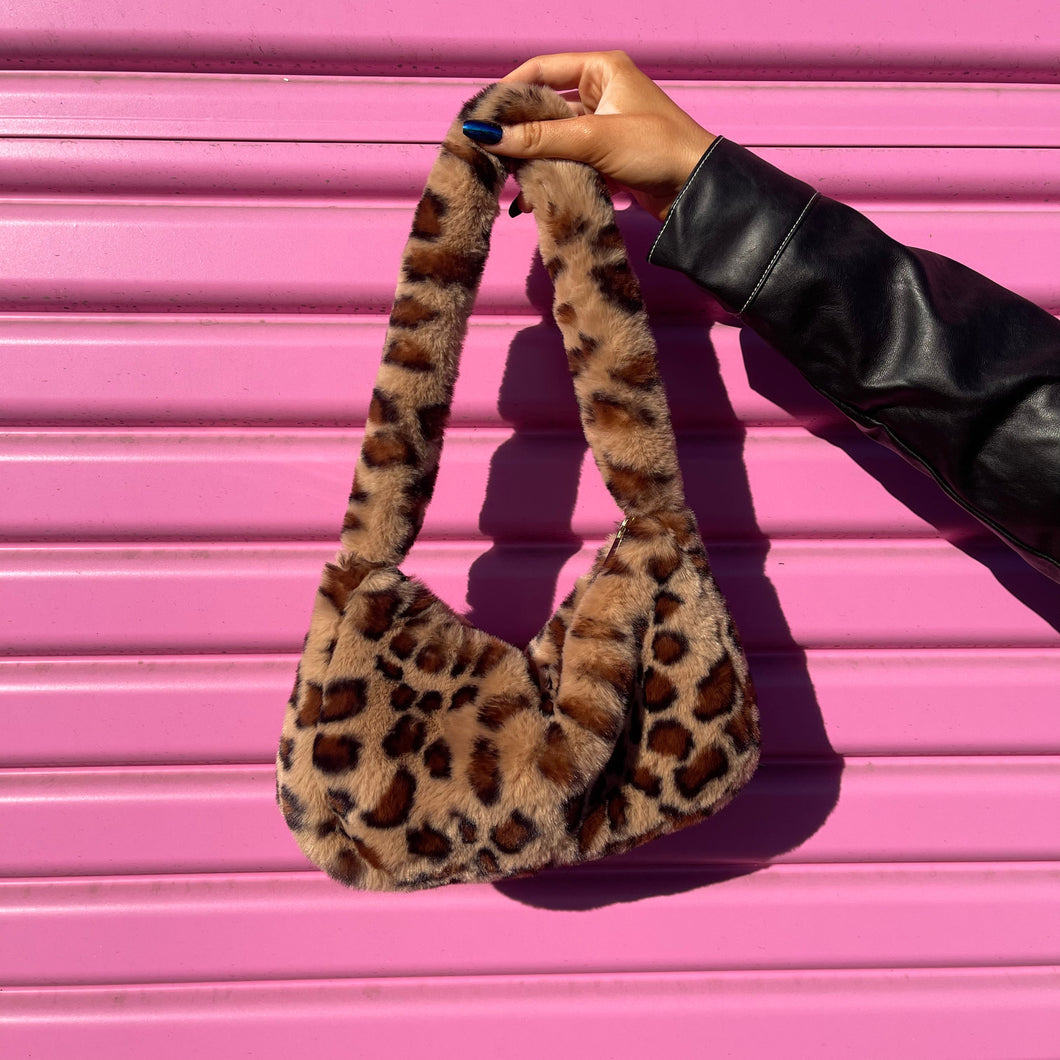 Leopard Kitty Faux Fur Shoulder Bag