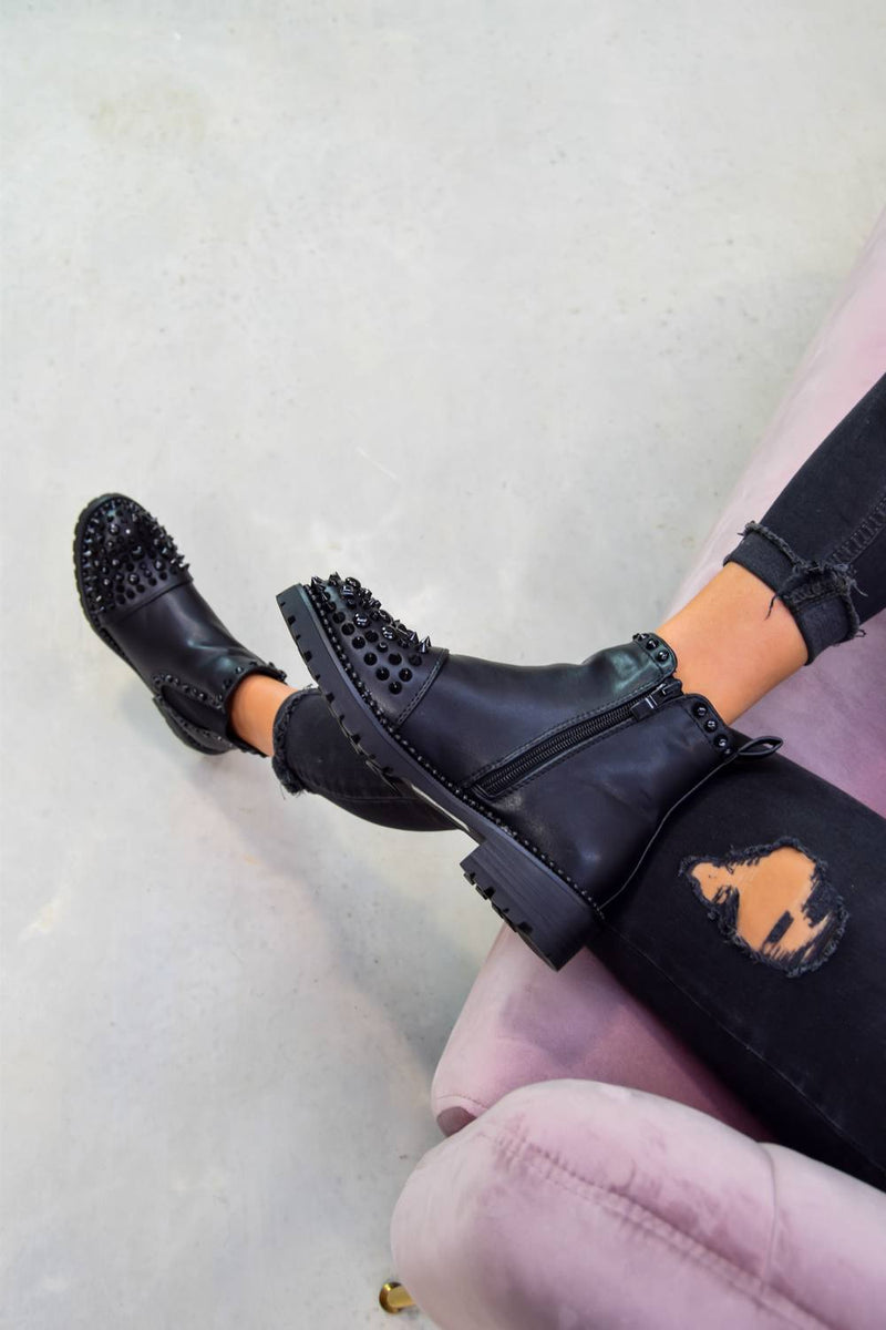 ALIAH Spike Studded Chelsea Ankle Boots - Black