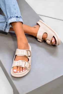DAY DREAM Chunky Buckle Sandals - Beige/Gold