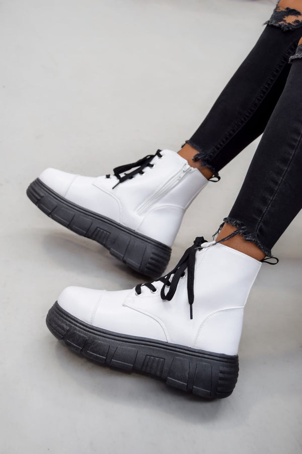 DELTA Super Chunky Platform Ankle Boots - White PU - 2