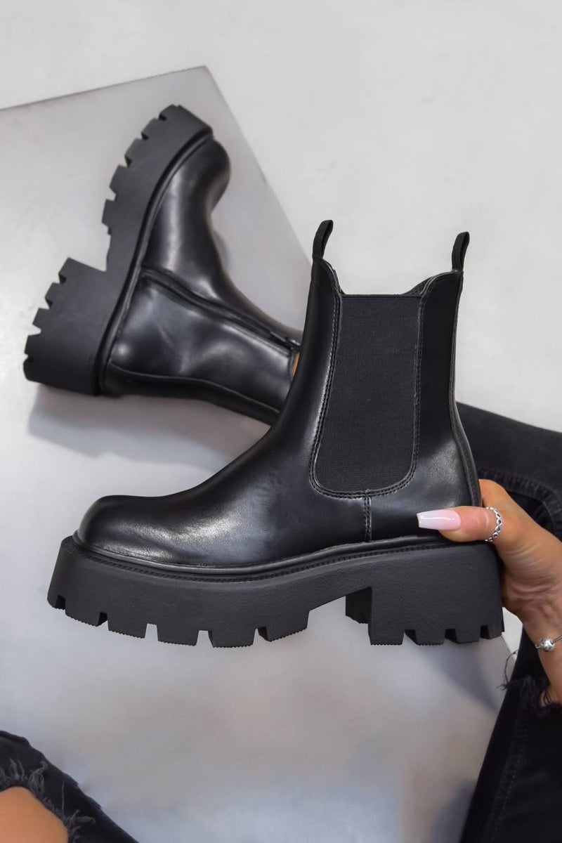 FORCE IT Chunky Chelsea Ankle Boots - Black PU