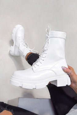 KEEP IT Chunky Lace Up Ankle Boots - White
