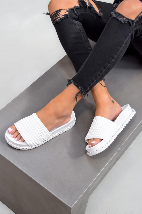 KIKI Flat Studded Sliders - White