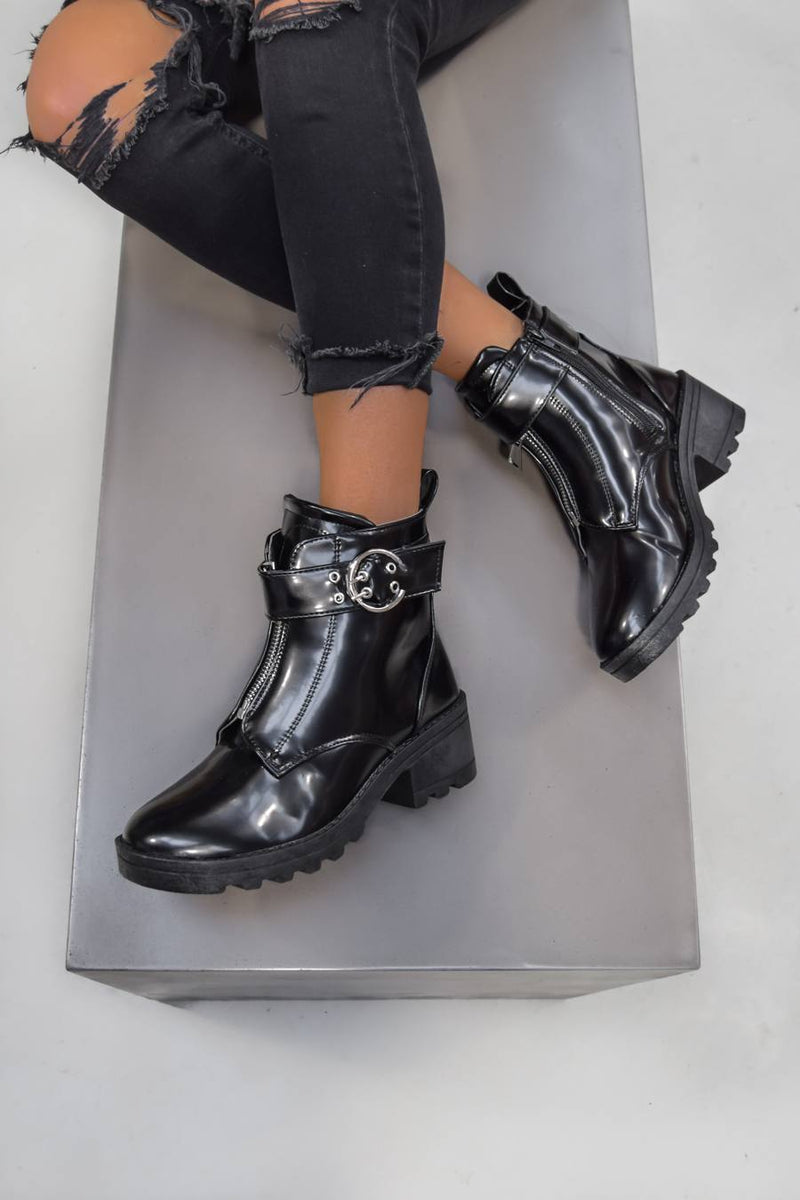 LOOK BACK Zip Front Ankle Boots - Black Patent - 2