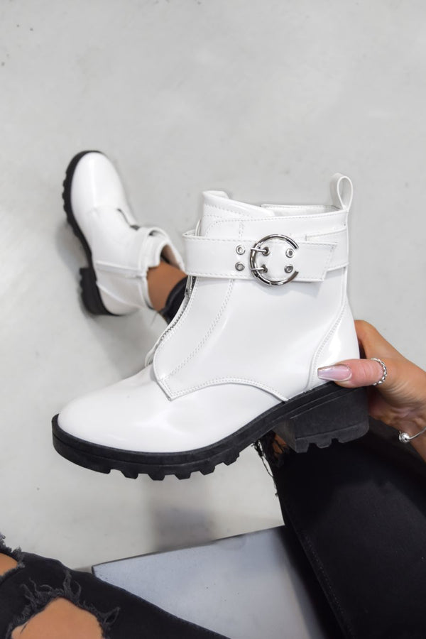 LOOK BACK Zip Front Ankle Boots - White Patent
