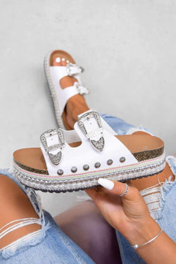 MAKE YOU Chunky Western Buckle Sandals - White