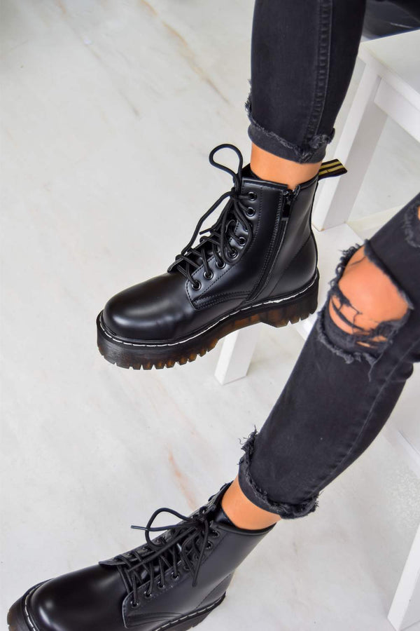 MAKE IT Chunky Platform Lace Up Ankle Boots - Black PU - 1