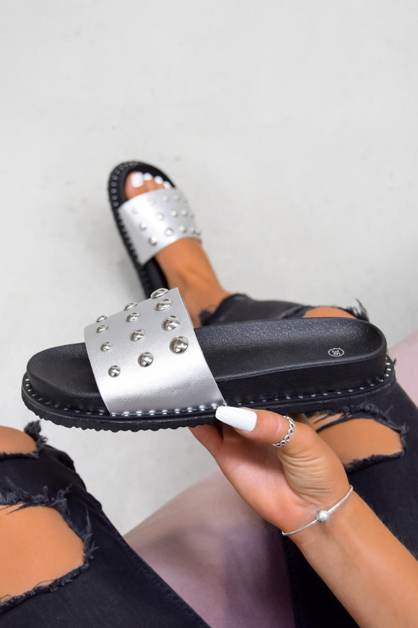 MARLINE Chunky Studded Sliders - Silver
