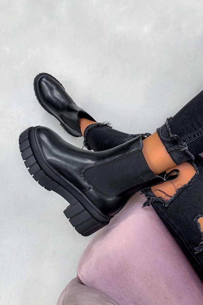 OVER IT Chunky Platform Ankle Boots - Black - 1