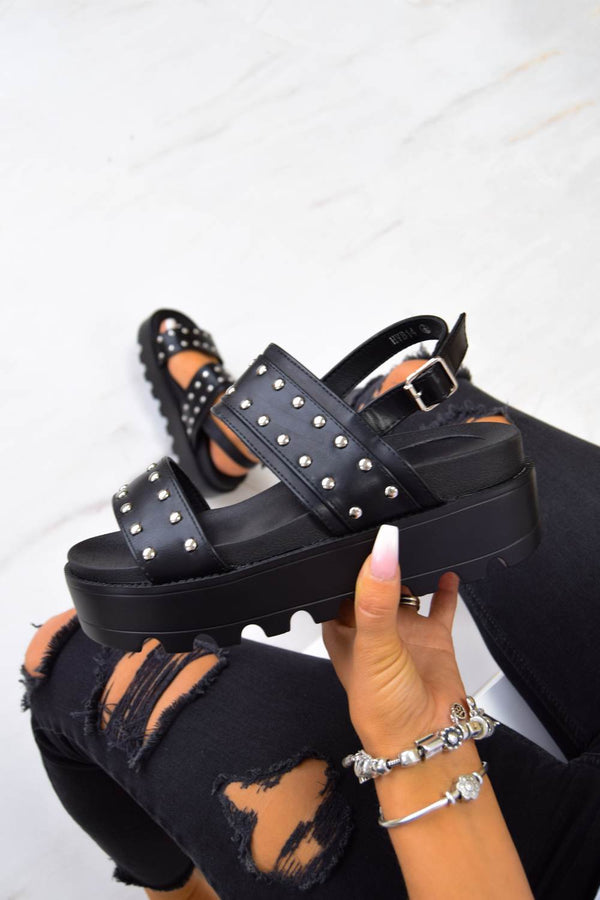 SHOW ME Chunky Cleated Platform Studded Sandals - Black