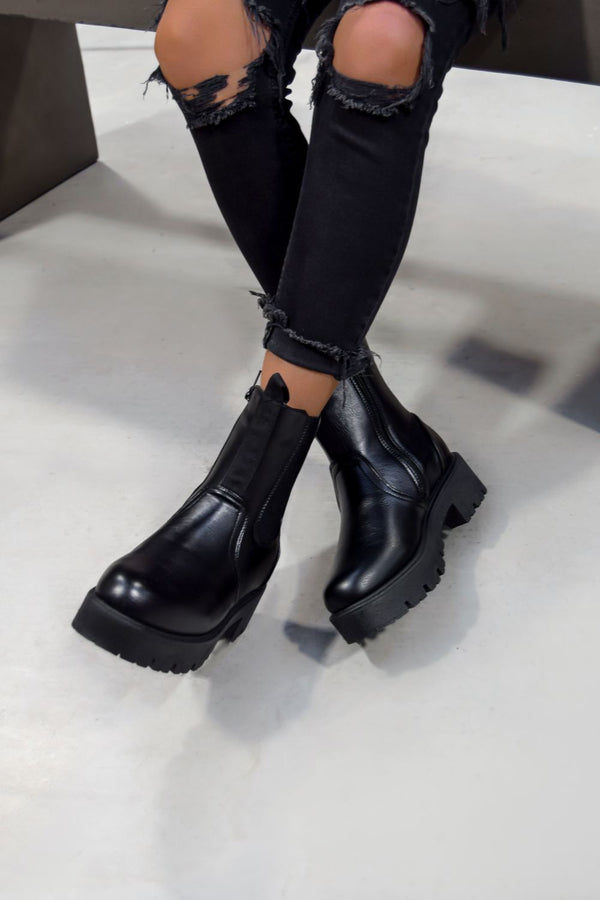 SIRENA Ankle Chelsea Boots - Black PU - 1