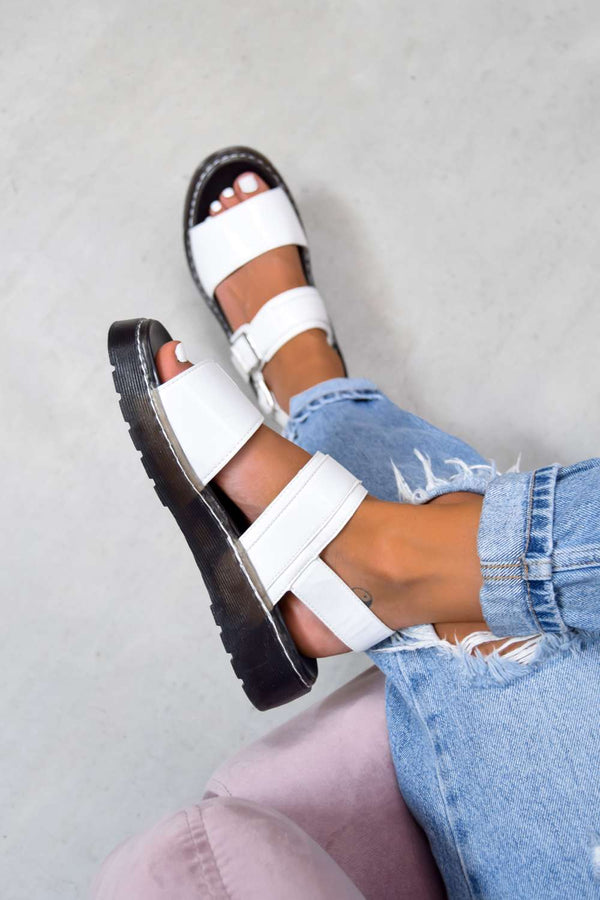 STAND BY Chunky Buckle Sandals - White - 1