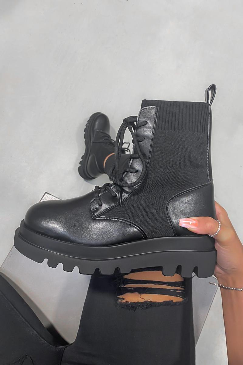 STAY TRUE Chunky Ankle Boots - Black - 1