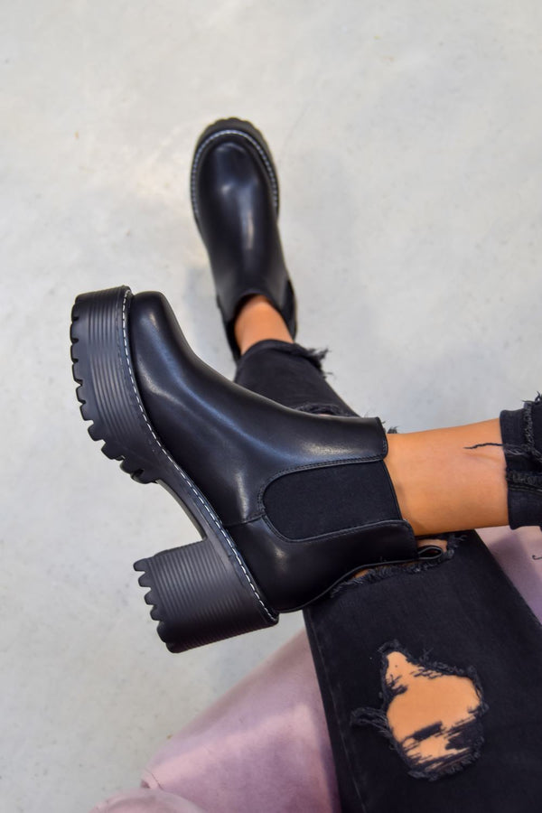 STEP TO Chunky Platform Chelsea Boots - Black PU - 1