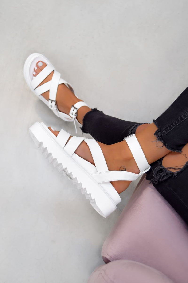 STRIKE IT Chunky Buckle Gladiator Sandals - White - 2
