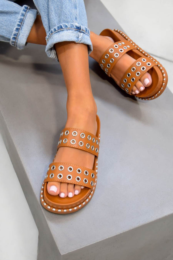 TELL ME Chunky Eyelet Sandals - Camel