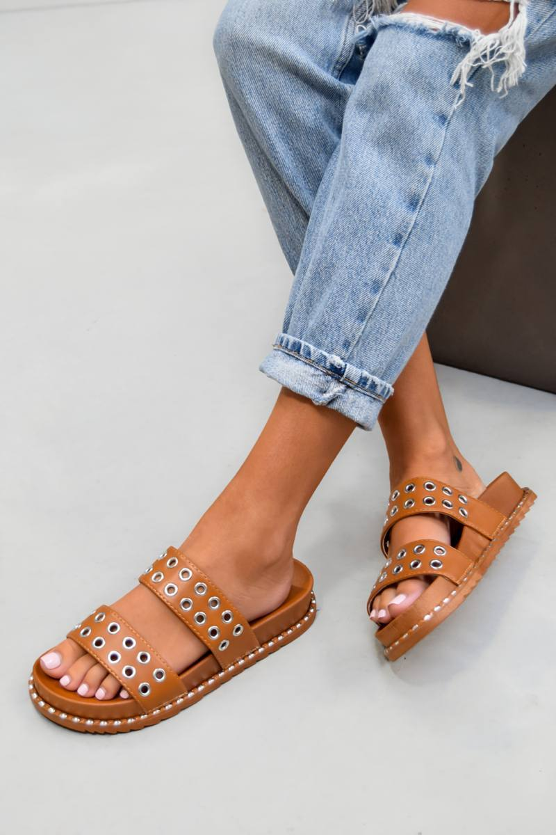 TELL ME Chunky Eyelet Sandals - Camel - 2