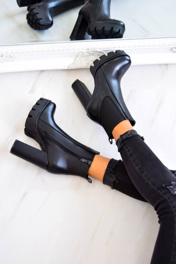TURN UP Chunky Platform Cleated Sole Ankle Boots - Black PU - 1