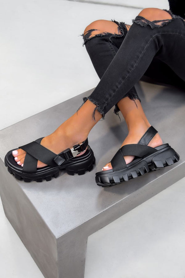 VENOM Chunky Cross Over Chunky Sandals - Black - 1