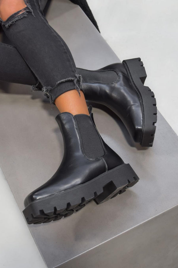 VENUS Chunky Chelsea Ankle Boots - Black PU - 2